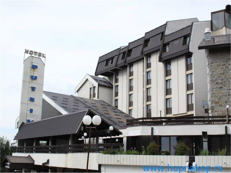Produžena akcija hotela Putnik od 10% popusta: Hotel Putnik*** pruža Vam idealnu šansu da upotpunite svoj boravak na Kopaoniku.