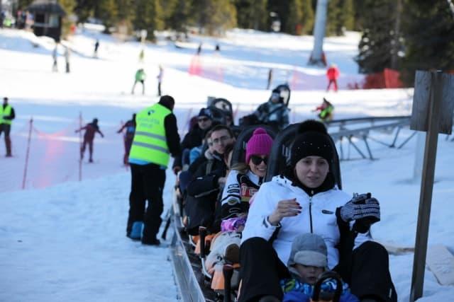 Na Kopaonik po dodatnu dozu adrenalina: Iako je ski centar Kopaonik nadaleko poznat po odlično uređenim stazama i vrhunskom skijanju, ovih dana među