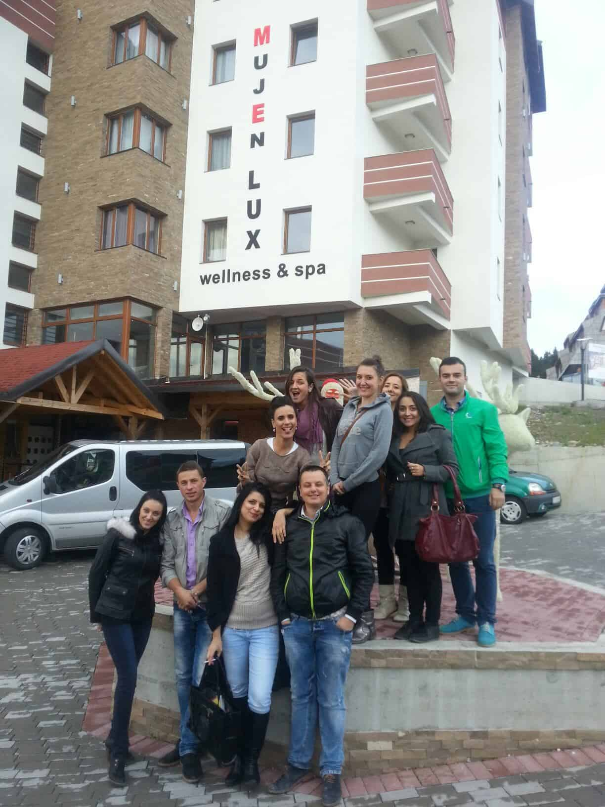 MujEn LUX Team Building