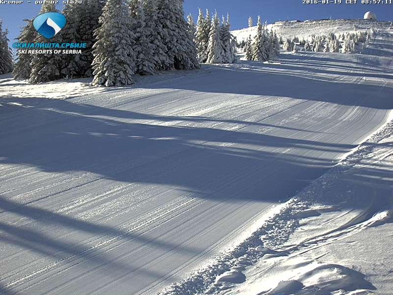 Kopaonik izveštaj 19 Januar: Danas na Kopaoniku prevlađuje pretežno vedro vreme, maksimalna dnevna temperatura će se kretati oko -16 °C, brzina vetra 3 m/s