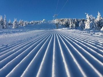 Uskoro se puštaju u rad sve staze i žičare na Kopaoniku: Skijališta Srbije ulažu maksimalne napore kako bi ski centri radili punim kapacitetom. U prethodna