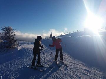 Za vikend odlični uslovi za skijanje uz festival vina i koncert The Frajli: Tokom vikenda ski centar Kopaonik zabeležio je odličnu posećenost kada je na