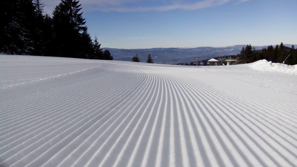 Nastavlja se sezona skijanja na Kopaoniku !!! Skijališta Srbije izlaze u susret mnogima koji se ovih dana na društvenim mrežama interesuju da li će se skija