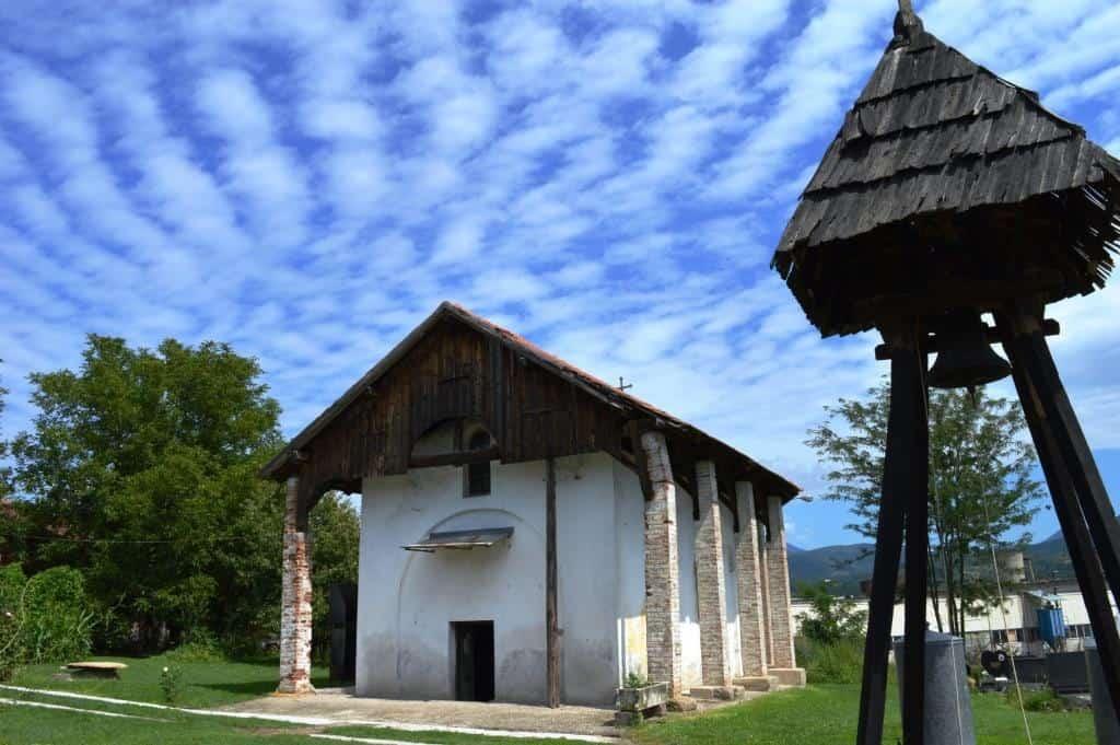 Crkva Svetog Nikole u Baljevcu na Ibru, potiče sa kraja XII ili početka XIII veka. Radovi na zaštiti njene arhitekture izvedeni su 1935. i 1936. godine