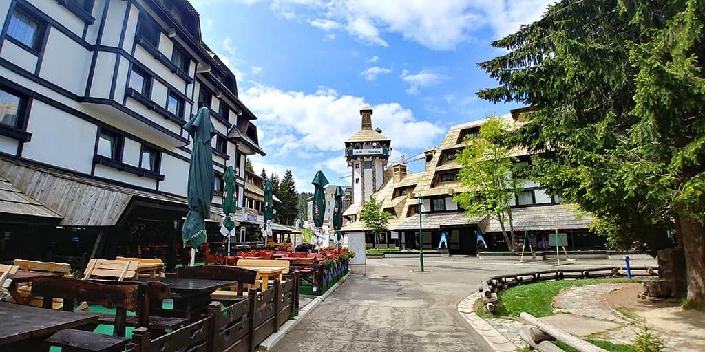 Proleće i Leto u samom centru Kopaonika već od 25€ dnevno:Aktivnosti u prirodi, zabava za celu porodicu! Udahnite punim plućima čist i lekovit kopaonički