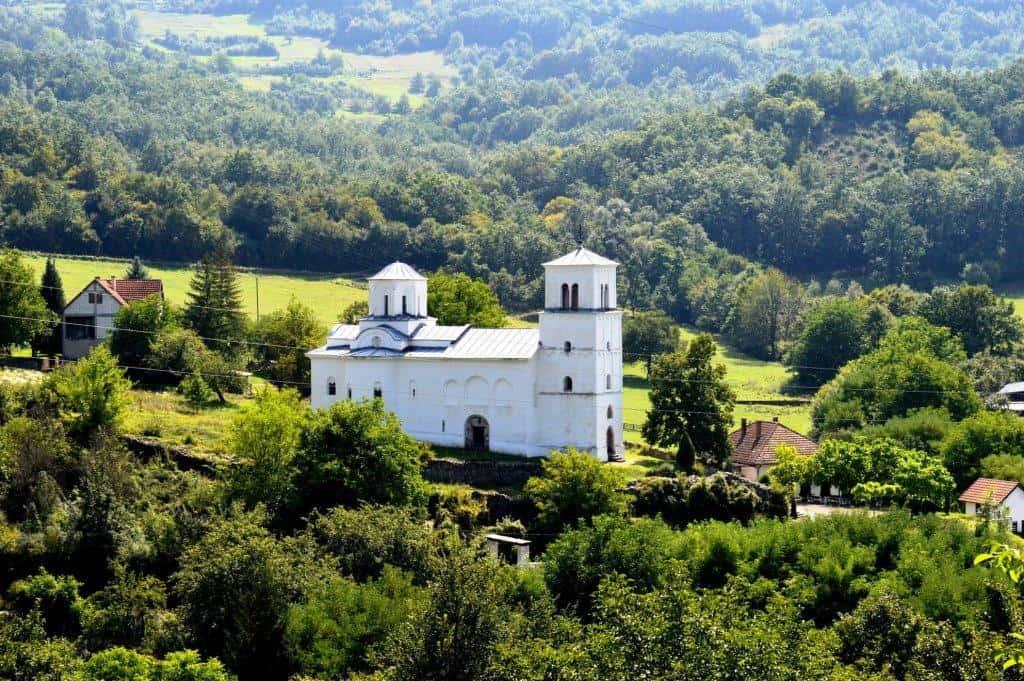 Manastir Nova Pavlica se nalazi pored Ibra u Pavlici, nedaleko od manastira Stara Pavlica i ostataka tvrđave Brvenik. Pripada Eparhiji žičkoj Srpske pravosl