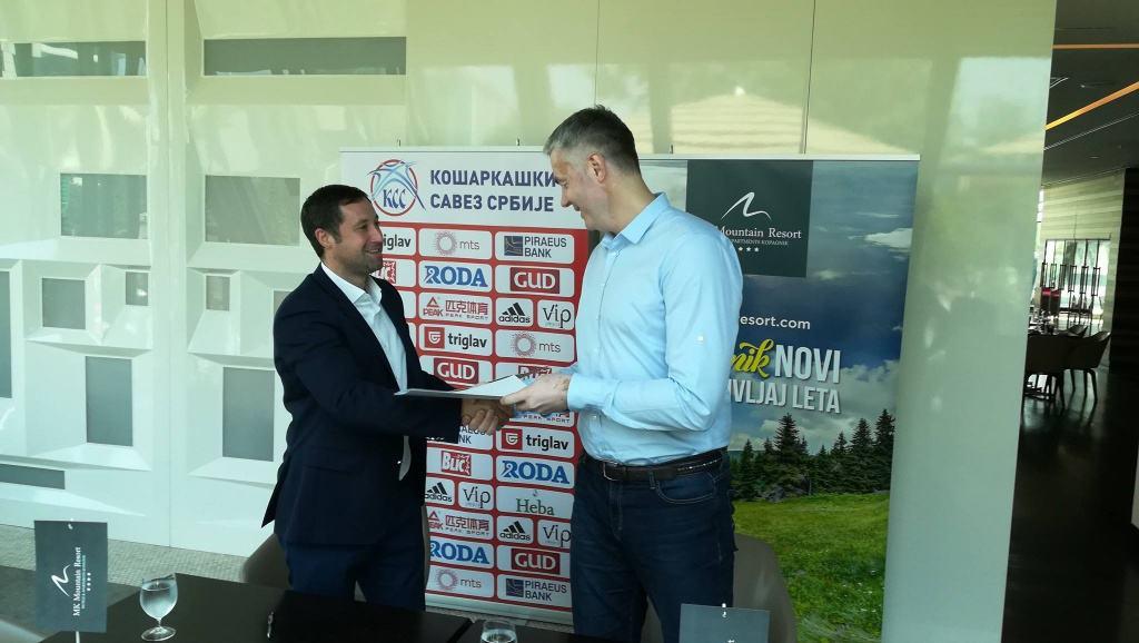 Srpski zlatni košarkaši i ove godine se pripremaju na Kopaoniku Povodom predstojećeg Evropskog prvenstva u košarci, Dejan Tomašević generalni sekretar Košar