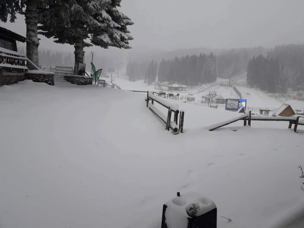 Kakvo vreme nas očekuje narednih dana na Kopaoniku? Polovonom naredne sedmice očekujemo snežne padavine sa tepmeraturom u minusu.